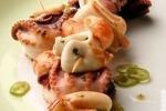 Шашлык с кальмарами и креветками